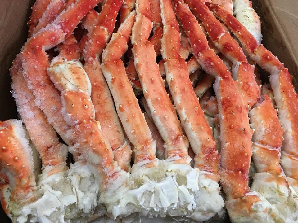 Chân cua Kingcrab có thịt chắc, thơm ngọt.
