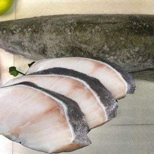Cá Tuyết Canada có giá trị lớn bởi thịt trắng như ngọc trai, thớ thịt chắc và thơm ngon, giàu hương vị tự nhiên.